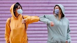 Máscaras comunitárias contra a Covid-19 proibidas em França