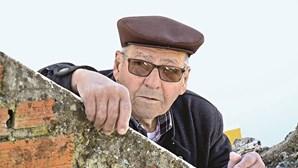 Solidão e isolamento deixam idosos doentes