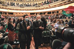 João Ferreira teve Jerónimo de Sousa a seu lado num comício no Coliseu do Porto