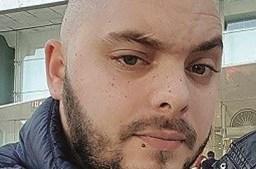 Carlos Gonçalves, de 31 anos, seguia à pendura