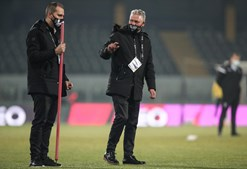 Gelo obriga a adiar jogo entre Vitória de Guimarães e Farense