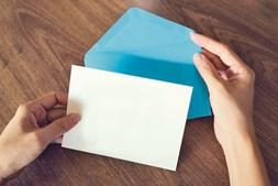 Uso de dois envelopes é para assegurar secretismo da votação