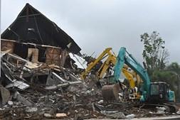 Número de mortos causados por sismo na Indonésia sobe para 56