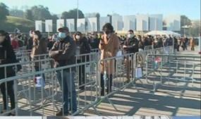 Longa fila para votar em Braga
