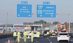 Dois camionistas portugueses morrem atropelados ao ajudar colega a apagar fogo em Espanha
