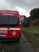 Carrinha de transporte de vacinas contra a Covid-19 despista-se na A2 perto da Marateca