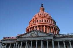 Cerimónia de tomada de posse de Joe Biden como presidente dos EUA decorre no Capitólio, em Washington