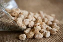 As leguminosas, como o grão, trazem vários benefícios para a saúde