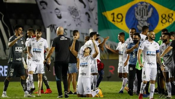 Santos vence Boca Juniors e garante final brasileira da Taça Libertadores