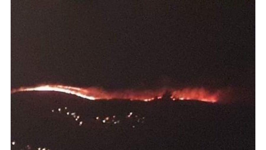 Incêndio florestal em Arouca em noite de temperaturas baixas