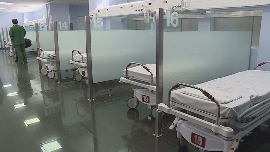 Hospitais sob pressão: Cinco doentes com Covid-19 transferidos da Grande Lisboa para o Hospital de São João, no Porto