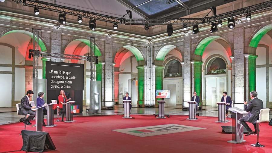 Debate televisivo junta os sete candidatos à Presidência da República