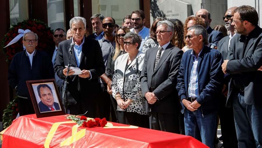 Dirigentes do PCP, como Jerónimo de Sousa, estiveram no funeral de Ruben de Carvalho, a 16 de junho de 2019
