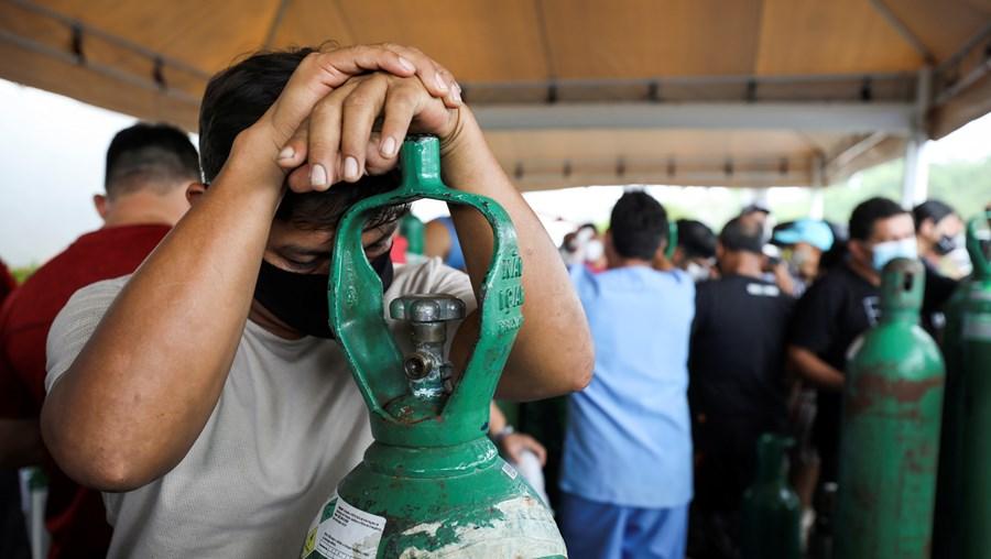Crise de oxigénio nos hospitais brasileiros