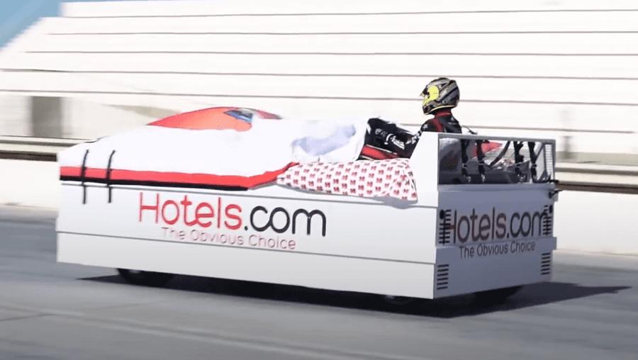 Ninguém dorme na cama mais rápida do mundo, que chega aos 135 km/h