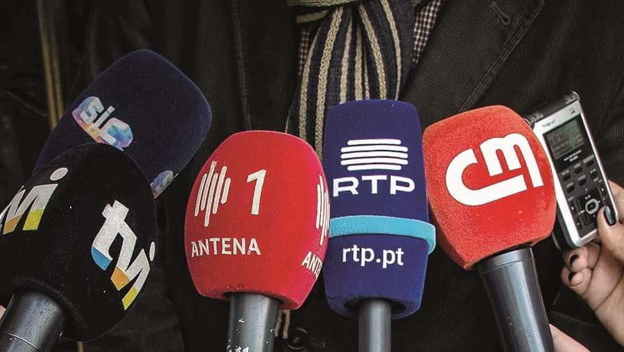 Diretores assinam documento enviado para várias entidades