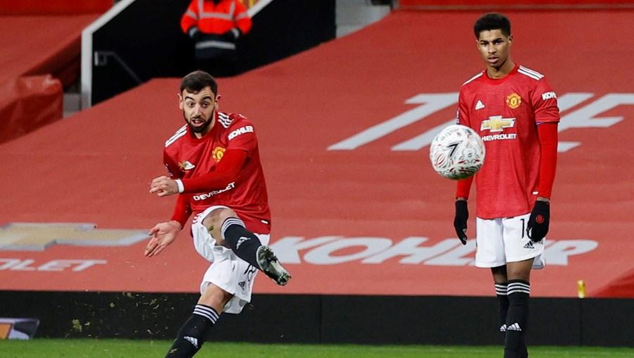Bruno Fernandes marcou o 3-2 final na execução de um livre direto