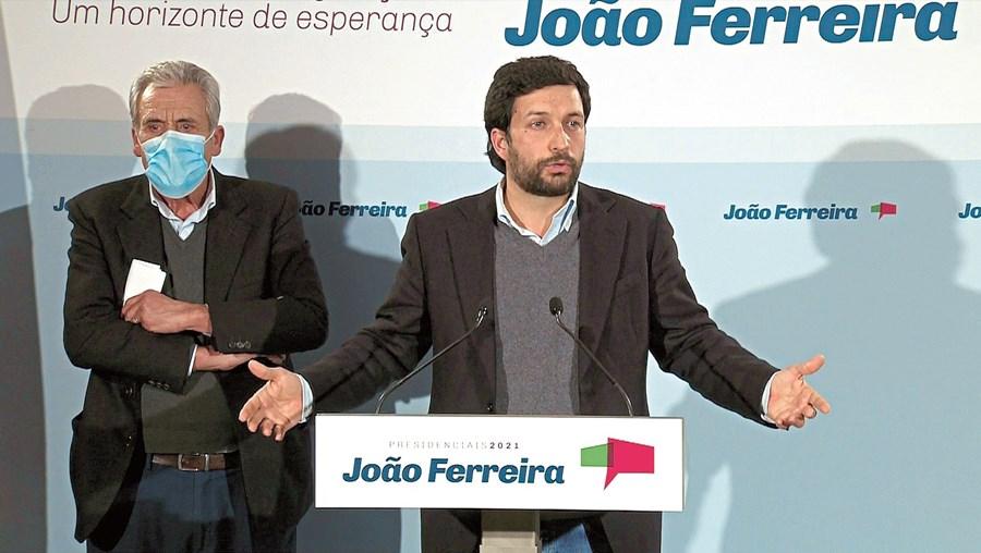 João Ferreira e Jerónimo de Sousa prometeram lutar. Os dois comunistas estavam vestidos de igual