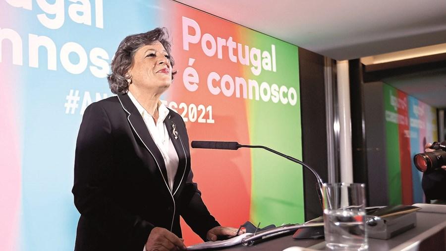 Ana Gomes diz que se vai manter como uma militante de base do seu partido, mas não poupa críticas à direção do PS