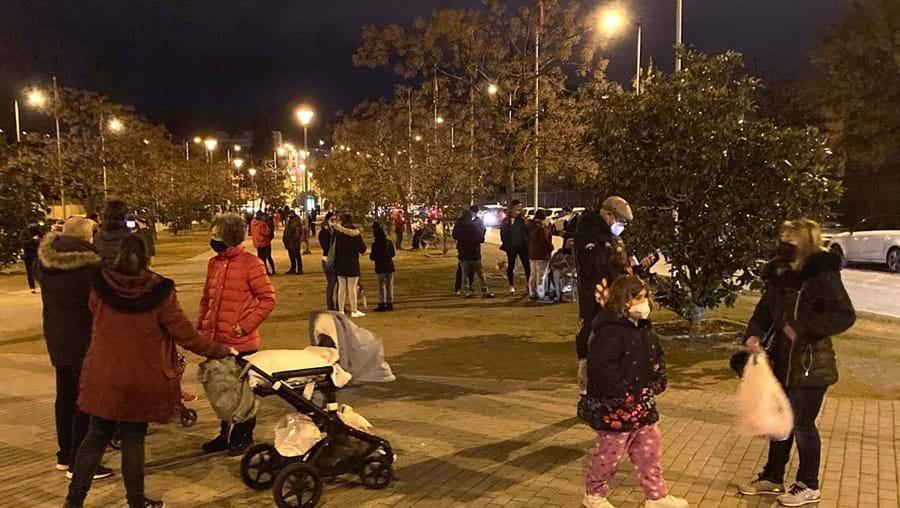Sismos abalaram a região de Granada e levaram milhares de pessoas a sair para as ruas com medo