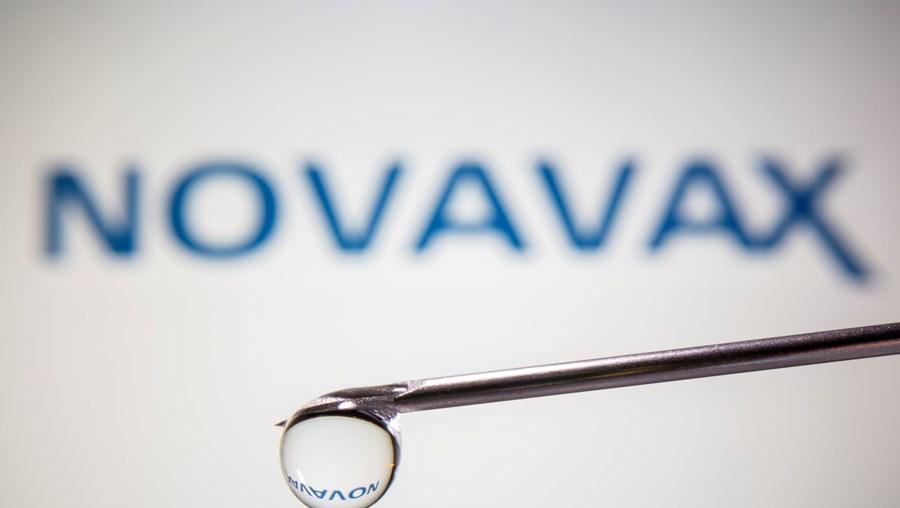 Ensaios mostram que vacina Novavax tem uma eficácia de 89% contra Covid-19