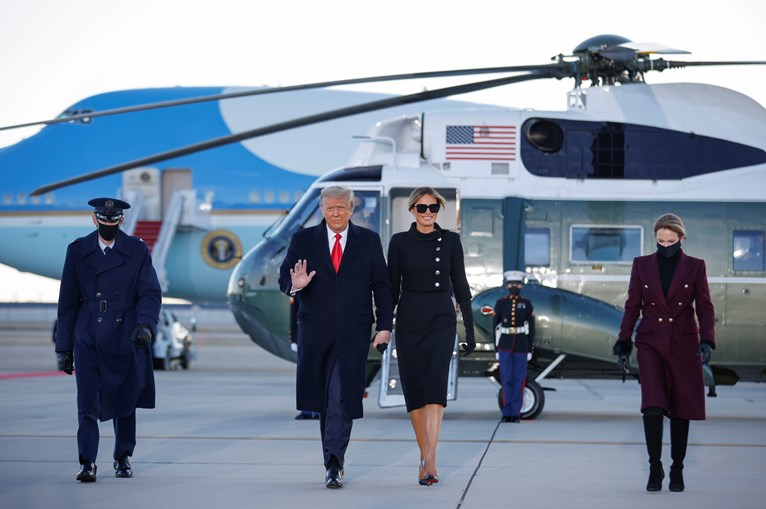 Trump Melania Base Andrews