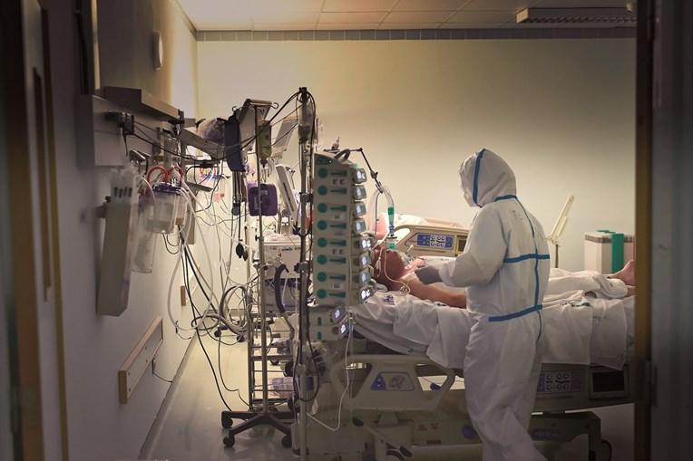A doença está a pôr em risco milhares de profissionais de saúde