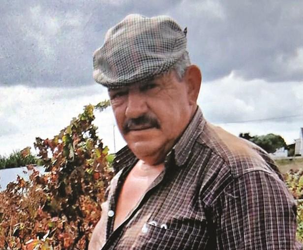 José Pereira, um trabalhador agrícola de 56 anos, disparou duas vezes