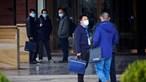 China rejeita investigação da OMS para descobrir origem da Covid-19 e afirma que fuga de laboratório foi um 'boato'