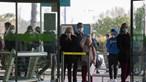 Centenas de cidadãos chegam ao Aeroporto de Lisboa em voo de repatriamento do Brasil