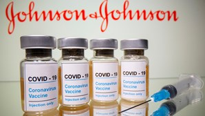 Vacina de dose única da Johnson & Johnson oferece forte proteção contra a Covid-19 em casos graves, revela estudo