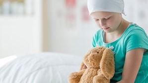 Assembleia da República recomenda ao Governo medidas urgentes no combate ao cancro