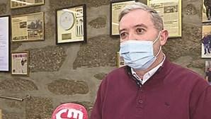 Empresário da restauração apanhado a vender refeições durante Estado de Emergência condenado a pagar 360 euros