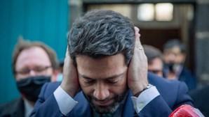 """Relatório europeu alerta para risco de """"radicalização"""" da extrema-direita em Portugal"""