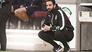 """Rúben Amorim afirma que Sporting vai ao Dragão """"para vencer"""" e fala em 'tudo por tudo'"""