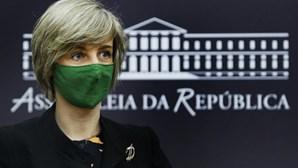 Portugal vai comprar cerca de 38 milhões de vacinas Covid. Excesso de doses vai permitir apoiar outros países