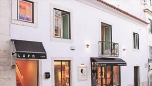 PSP trava ajuntamento no restaurante Lapo em Lisboa e identifica seis pessoas por desrespeitarem regras da Covid-19