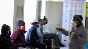 África com mais 355 mortos e 11.278 infetados por Covid-19 nas últimas 24 horas