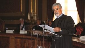Juiz investigado por abuso de poder volta a despachar processos