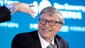 """""""As alterações climáticas terão efeitos muito piores do que a pandemia"""", afirma Bill Gates em entrevista"""