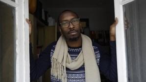Ataques nas redes sociais, críticas às autoridades, ameaças de morte e deportação: As polémicas com Mamadou Ba