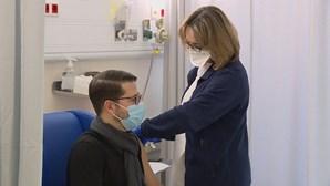 Centros de vacinação contra a Covid-19 devem ter capacidade para vacinar cerca de 50 pessoas por hora