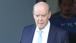 """Pinto da Costa diz que regresso do público aos estádios é """"medida oportunista"""""""