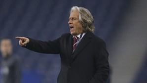 """Jorge Jesus admite que equipa do Benfica está """"num momento difícil"""""""