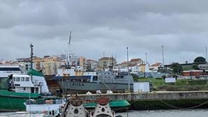Marinha põe lancha de fiscalização num estaleiro privado