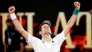 Tenista Djokovic bate recorde de Federer ao garantir liderança do ranking durante 311 semanas