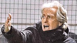 Benfica forçado a vender jogadores no valor de 150 milhões de euros caso falhe apuramento da Liga dos Campeões