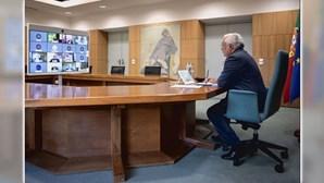António Costa regista descida de casos Covid mas salienta preocupação com novas variantes do vírus