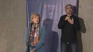 Desconfinamento deverá começar pelas escolas, admite Marta Temido