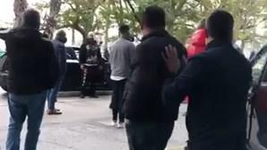 Fernando Madureira envolve-se em confrontos com elementos de claque do Benfica. Veja as imagens